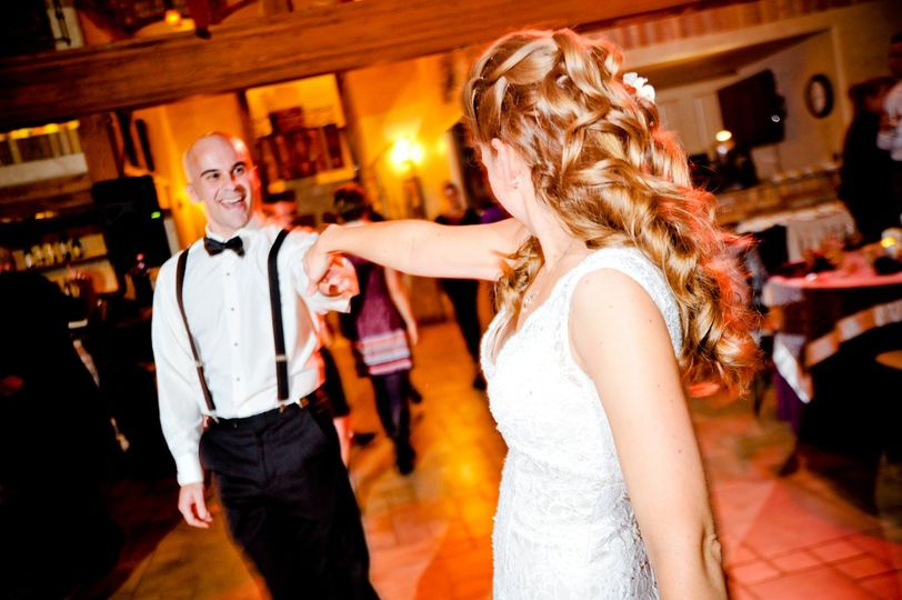 PERSONALIZED ENTERTAINMENT specifically designed for you and your vision...leaving guests saying...