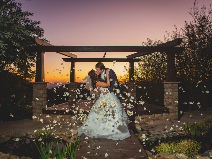 Tmx Lanoisweddingsneakpeek 7 51 778091 159311057012251 Irvine, CA wedding videography
