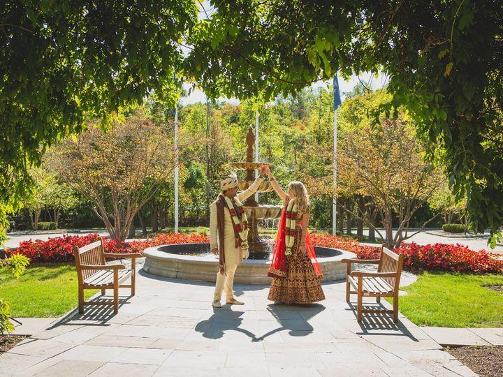 Tmx Raosneakpeek 4 51 778091 159311058078770 Irvine, CA wedding videography