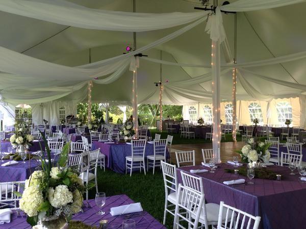 9160e127d32e1180 pole tent square tables