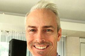 DJ Greg Hansen