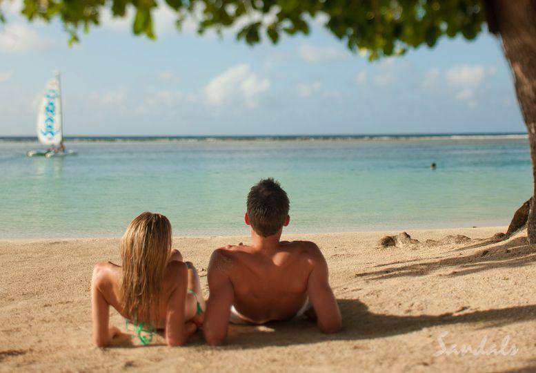 Honeymoon bliss for two