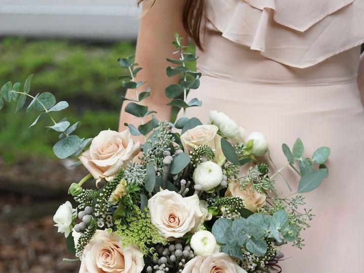 Tmx 1471447559276 Beigeandgreenbridalbouquetenvironmental11 Scranton, PA wedding florist