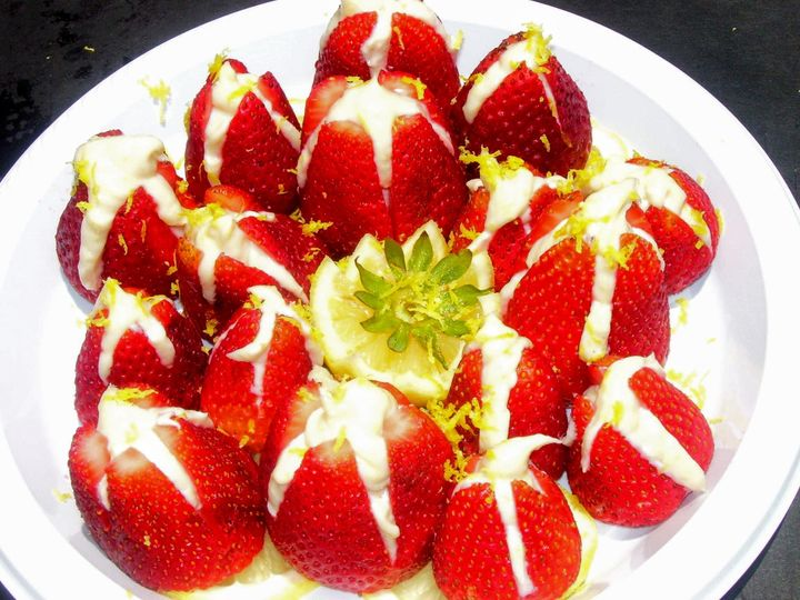 strawberry volcanos top view