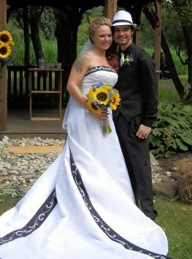 Tmx 1524113160 C96c26c08cc9f3d9 1524113159 Bed8b2a463148b38 1524113148216 17 10592969 78135907 Womelsdorf, PA wedding planner