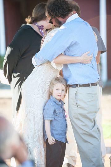 country life bohemian style wedding kiss photograp