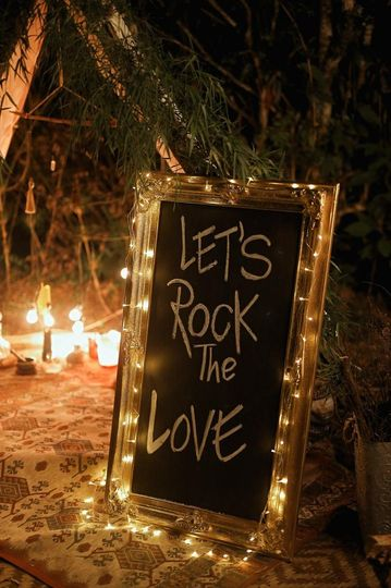 Let's rock love