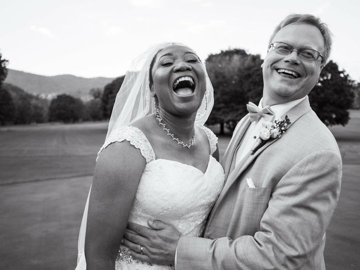 Tmx Img 4061 51 988191 Asheville, NC wedding beauty