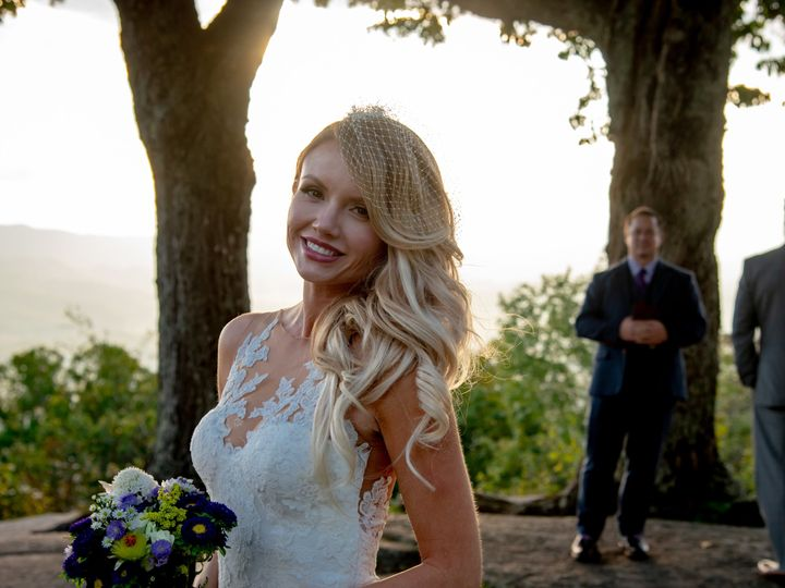 Tmx Img 4186 51 988191 Asheville, NC wedding beauty