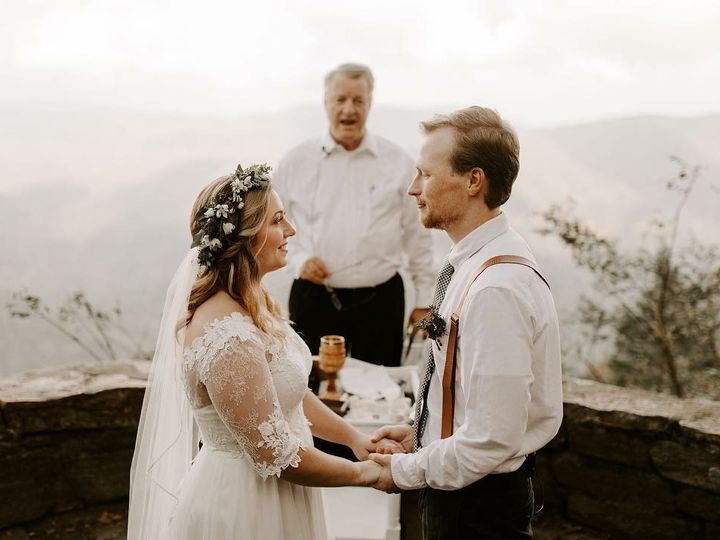 Tmx Img 5110 51 988191 Asheville, NC wedding beauty
