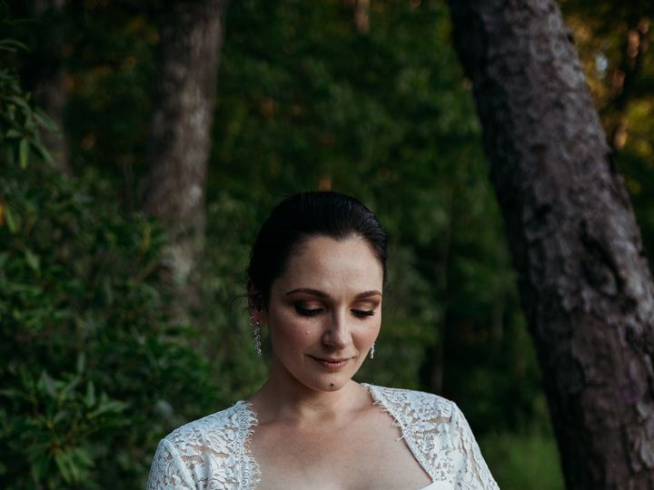 Tmx Img 8905 51 988191 157738599459393 Asheville, NC wedding beauty