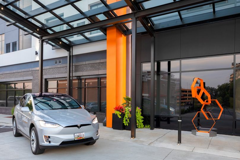 Transportation in Tesla