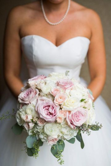 Wedding Flowers by Robyn at Rohsler's Allendale Nursery & Florist