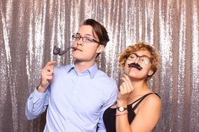 Flashbulb Memories Photo Booth