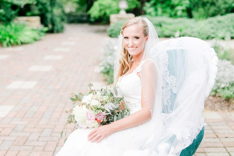 The lovely bride | Ariel Kaitlin Photography