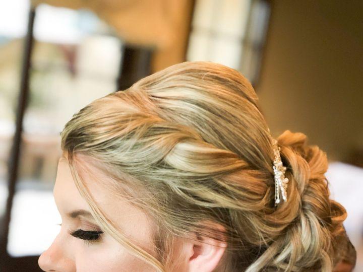 Tmx B57abb5e 7594 4000 Ab5e 1c45a6421b82 51 1905291 158206369324527 Modesto, CA wedding beauty