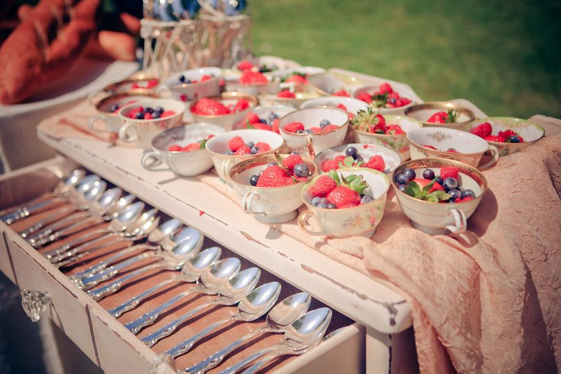 Love At First Bite Catering Catering Huntington Beach Ca Weddingwire