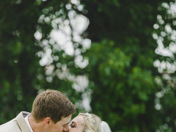 Tmx 1525887414 8c0c1d75c68a75ac 1525887413 Aeed1d12578c6bd6 1525887408891 35 Untitled Shoot 35 Manhattan wedding photography