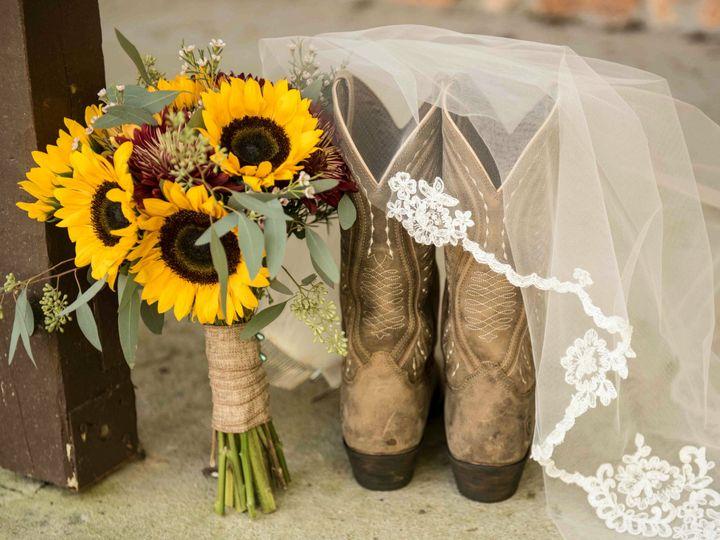 Tmx 1532700459 F363b32c183af7aa 1532700455 25b7a885adc9141e 1532700436084 1 Country Bride Mount Holly wedding florist