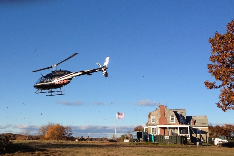 helicopter landing house island