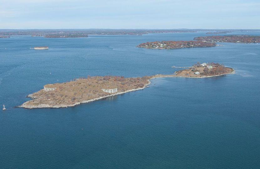 house island full aerial
