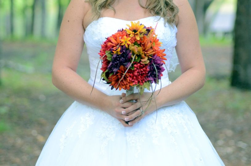 e7281ad1e5872422 1476637974710 crowder mountain bridals 3
