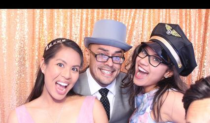 Mad Props Photo Booth Rental 1