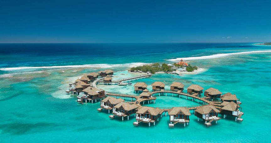 sandals royal caribbean over water villas and bungalows 51 474391 v1