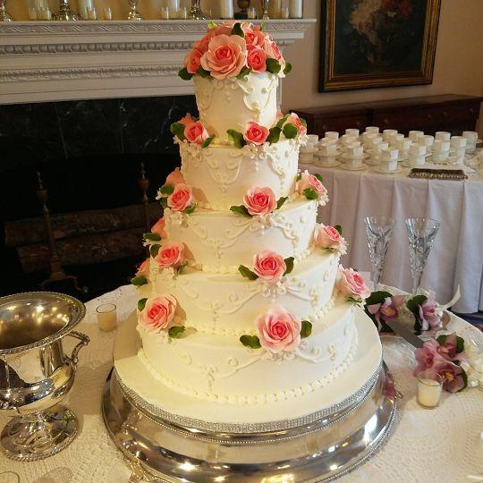 classic cheesecakes cakes wedding cake decatur ga weddingwire. Black Bedroom Furniture Sets. Home Design Ideas