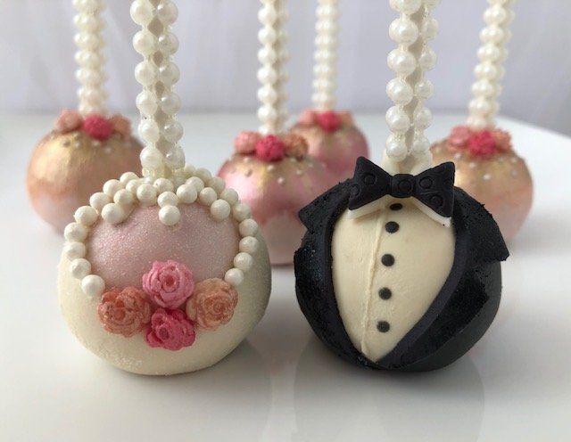 Tmx Bride Groom Cakepops 51 1986391 160099555228122 Orlando, FL wedding cake