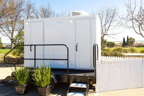 Luxury Restrooms & Site Services