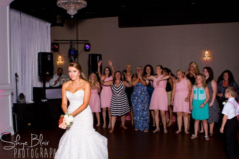 Bridal  toss bouquet