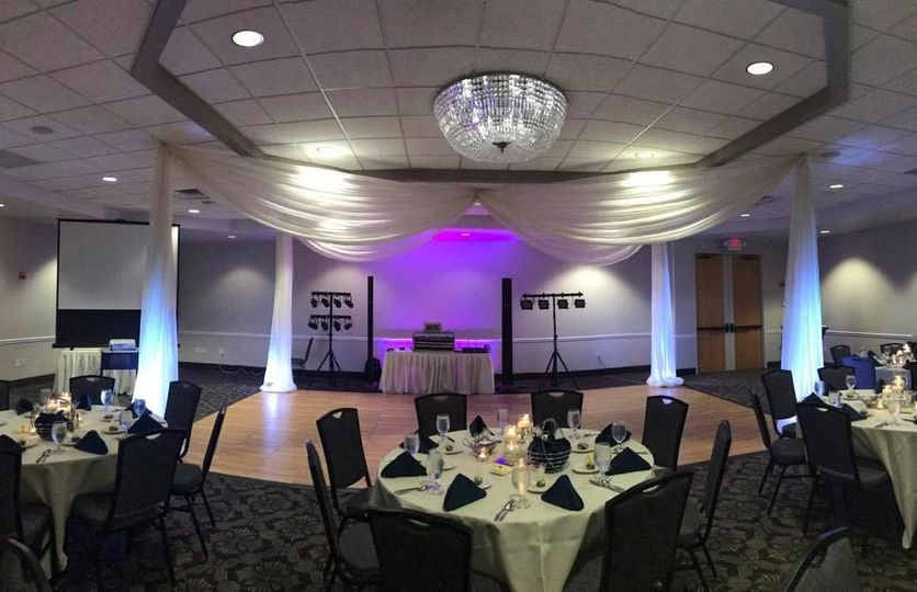 Indoor wedding set-up