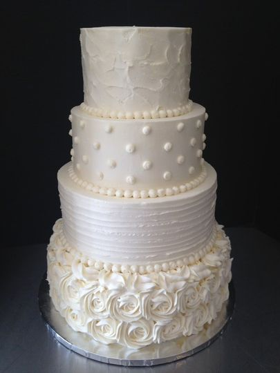 4-tier cake with varying textures