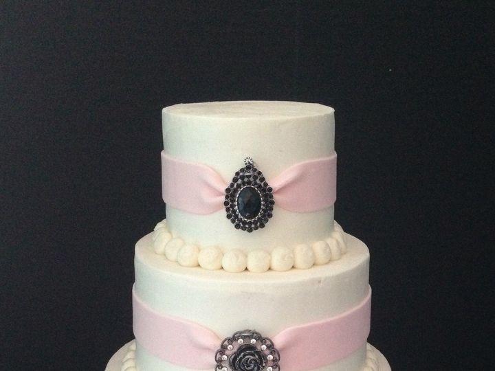 Tmx 1509063579194 C22d6839 3cb7 49de 9cd3 00d8bcc4a668 Schuylerville, New York wedding cake