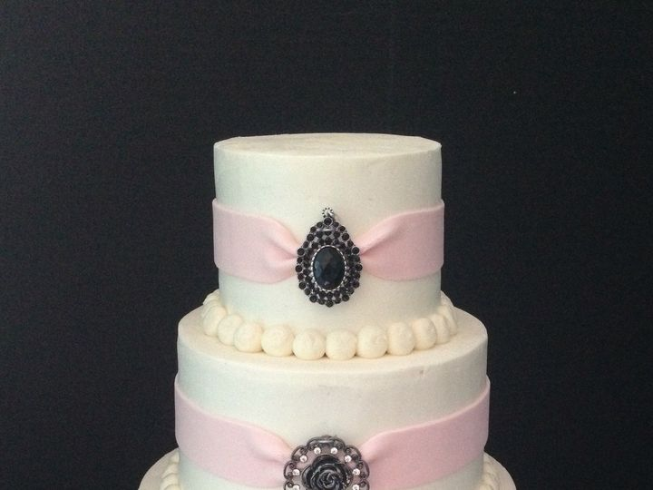 Tmx 1509063579194 C22d6839 3cb7 49de 9cd3 00d8bcc4a668 Schuylerville, NY wedding cake