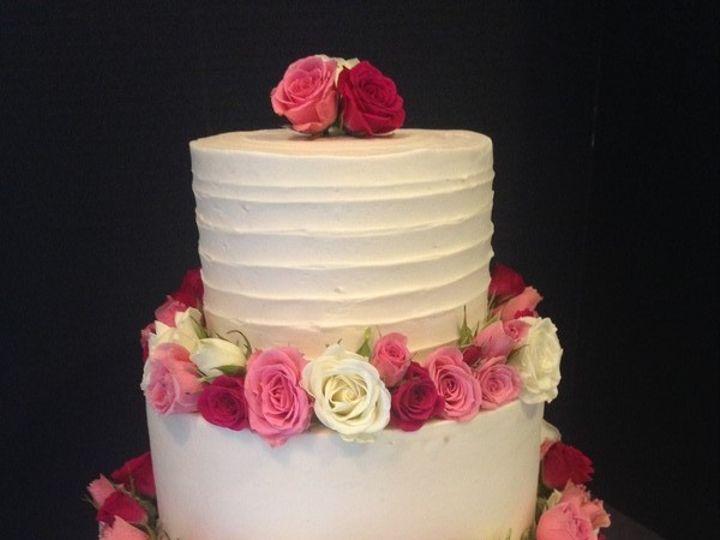 Tmx 1510600806484 800x8001509063464250 6fb70592 9729 41fd 87d1 7f3e4 Schuylerville, NY wedding cake
