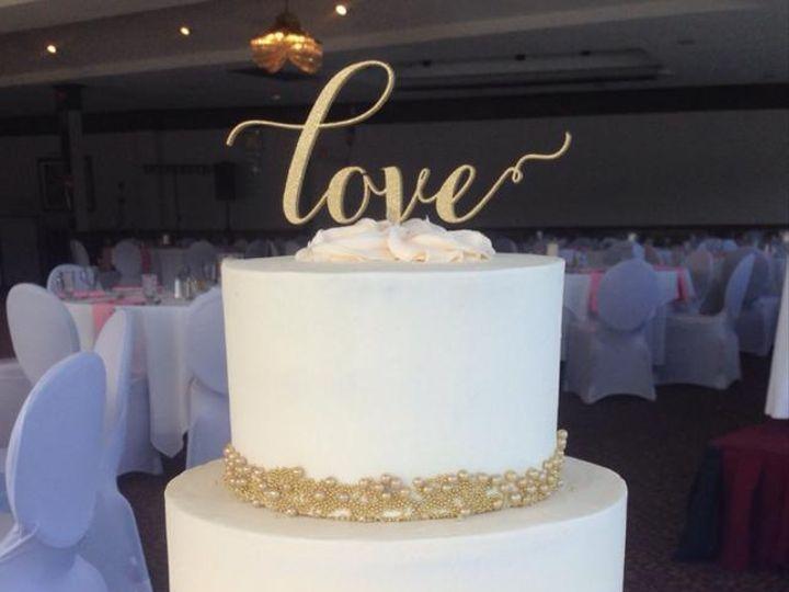 Tmx Pink Gold 51 410491 160996835474411 Schuylerville, NY wedding cake