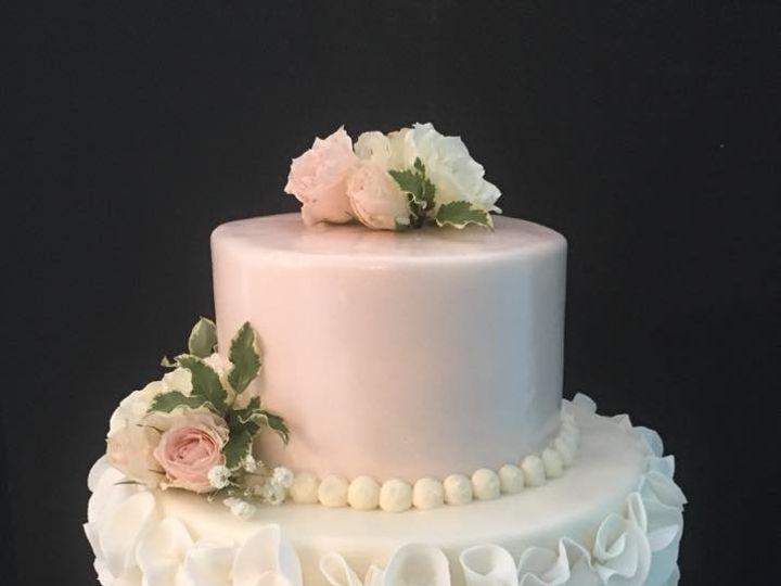 Tmx Ruffles 51 410491 160996837575575 Schuylerville, NY wedding cake