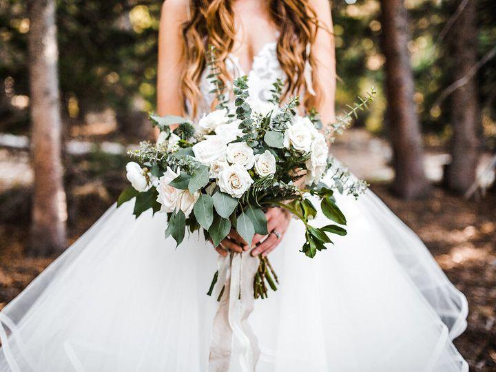 Tmx 1517354122 C65a9bca66f4b85e 1517354121 375bb7a230f7efe2 1517354112550 12 1E7A2422 Portland, OR wedding florist
