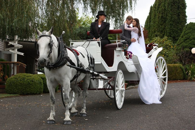 Couple a the carriage