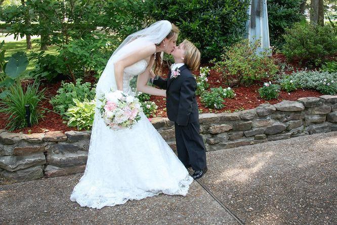 Bride and her junior groomsmen