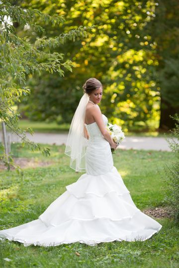 Donna Saylers' Fabulous-Bridal