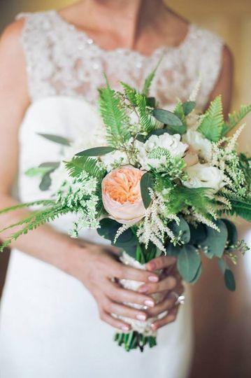 laura brides bouquet 3