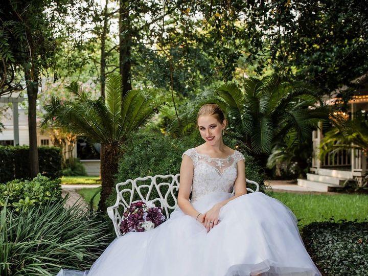 Tmx Lounging 51 3591 Conroe, TX wedding venue