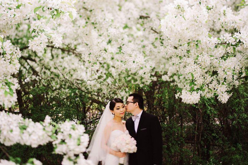 spring wedding portraits
