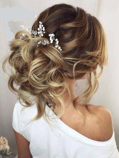 Low up-do with baby breath