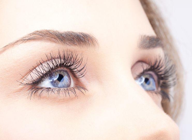 Set of eyelashes done by jen