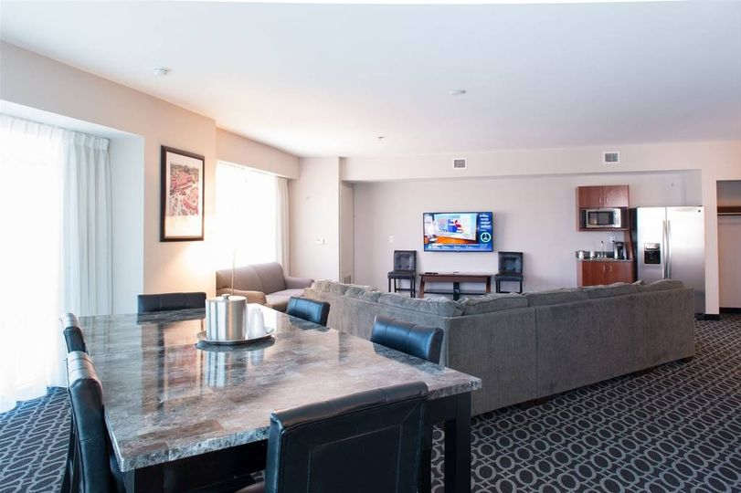 The living room of the King Executive Suite. Perfect for bridal parties!