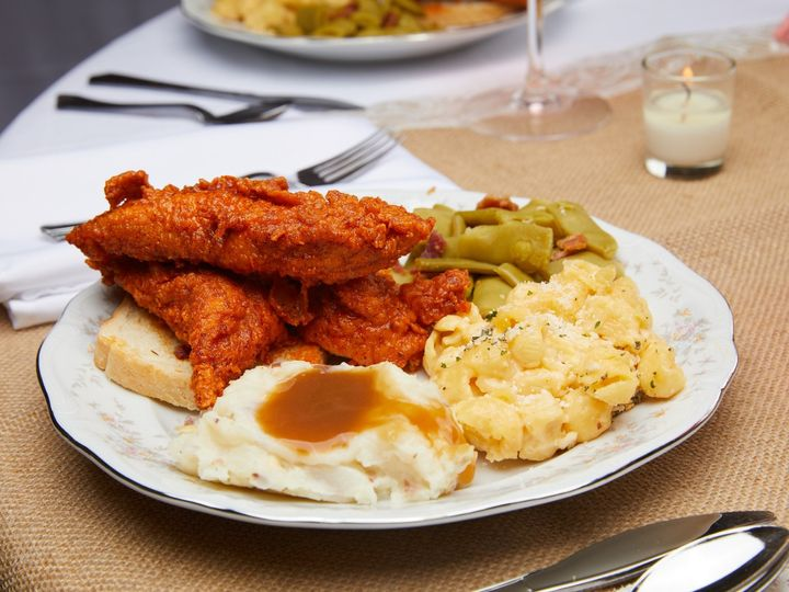 Tmx Wedding Hot Chicken And Sides 51 1017591 157927803140215 Louisville, KY wedding catering